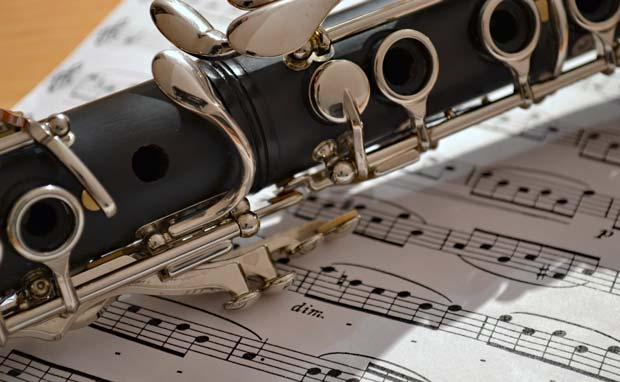 """""""5 Klarinetter"""" spiller i Ansager Kirke"""